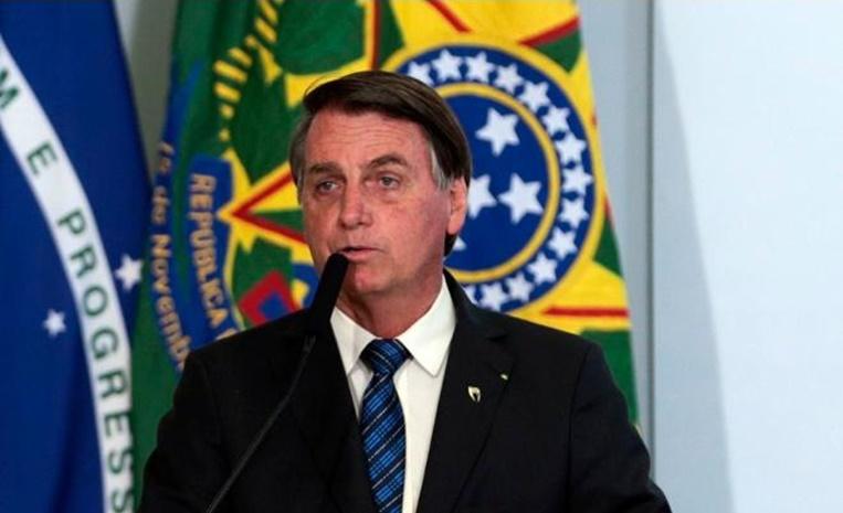 20201108115323 tBRJ - Bolsonaro ignora testes encalhados e culpa governadores: 'Todo o material foi enviado para Estados e municípios'