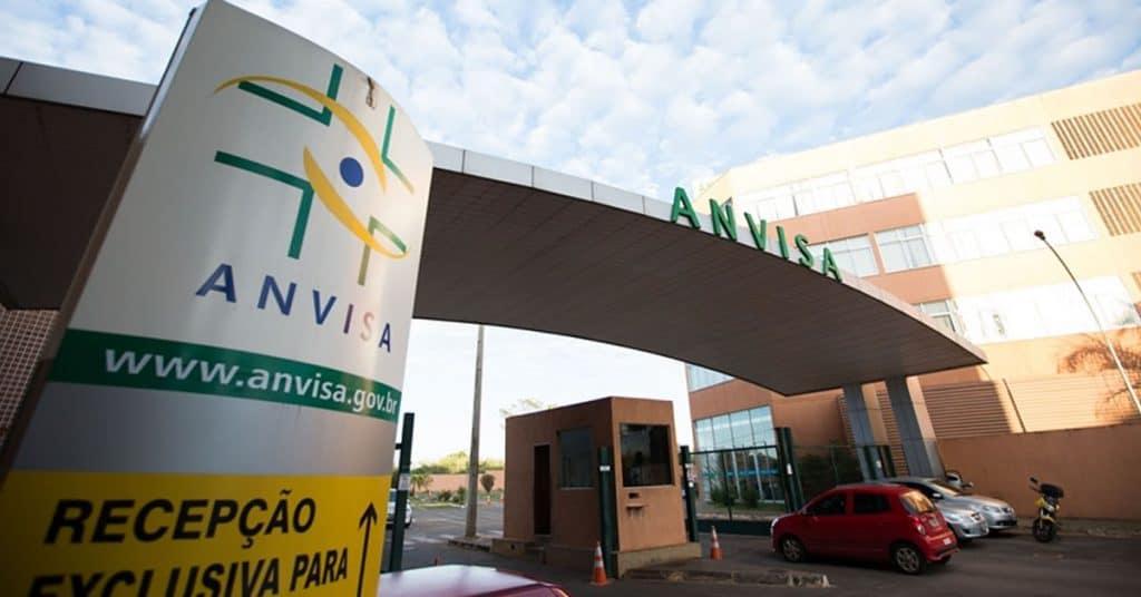 29.01 2 1024x536 1 - Bolsonaro indica tenente-coronel para diretoria da Anvisa