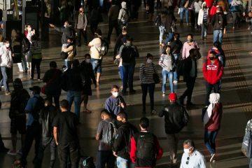 """30062020 RF   Pandemia expõe ao perigo trabalhadores do transporte público  029 600x400 1 360x240 - Mercado financeiro reage mal ao Auxílio Brasil: """"Problema não é gasto, mas desorganização do Governo"""", avaliam economistas"""