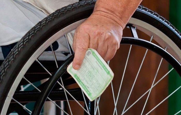 5a9878f3 eleitor 700x445 1 - Mais de 13 mil eleitores na Paraíba têm algum tipo de deficiência e 216.698 são analfabetos