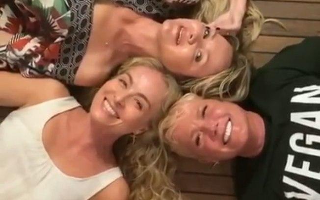 8t7flkvn1tgplaktta3jdyfio - 'Sou a pessoa que mais manda figurinhas safadas', diz Xuxa sobre grupo com Eliana e Angélica - VEJA VÍDEO