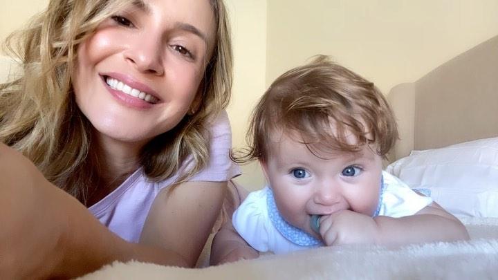 91387504 2593417057592187 4406836278333044162 n - 'Coisa de filme de terror', diz Claudia Leitte sobre alucinações no pós-parto da terceira filha