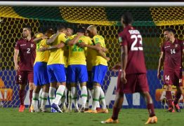 Brasil fura retranca da Venezuela com gol de Firmino e se mantém 100%