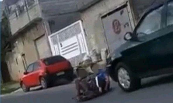 Capturar 25 - Homem atropela e mata menino que brincava com o irmão em carrinho de rolimã