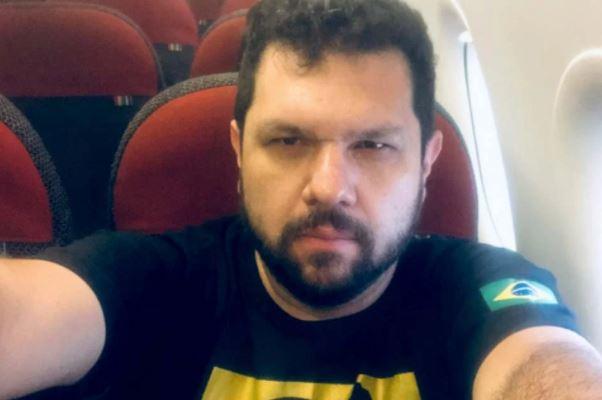 Capturar.JPGeee - PF faz buscas em casa do blogueiro bolsonarista Oswaldo Eustáquio