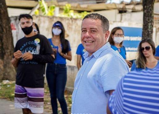 Capturar.JPGw  - PLEITO EM JP: Candidato João Almeida vota e pede: 'Que o próximo prefeito não seja corrupto'