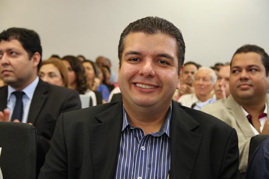 Diego Tavares francisco frança - Diêgo Tavares propõe uso do dinheiro de multas para garantir acessibilidade