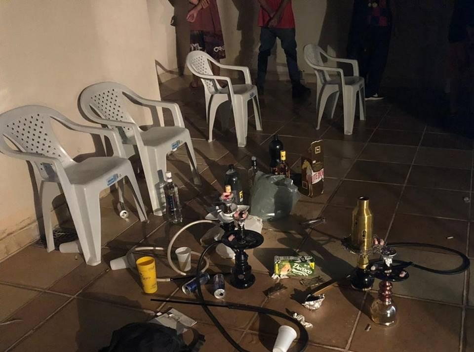 Festa Guará - PM recebe denúncia e encerra festa de adolescentes com drogas e bebidas