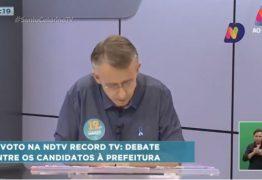 Candidato à reeleição em Blumenau passa mal e debate ao vivo é interrompido; VEJA VÍDEO