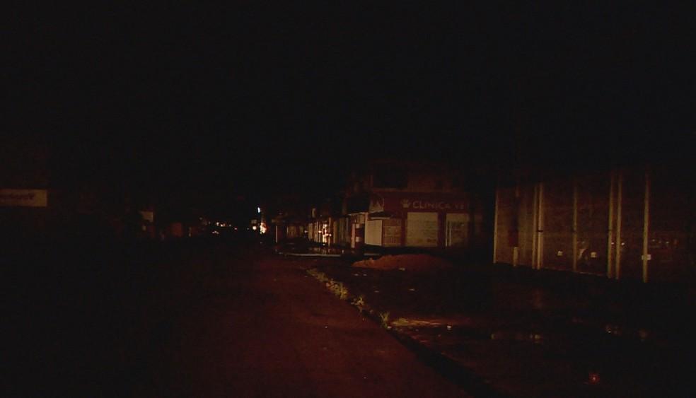 apagão - Após cinco dias de apagão no Amapá, energia começa a voltar em bairros da capital