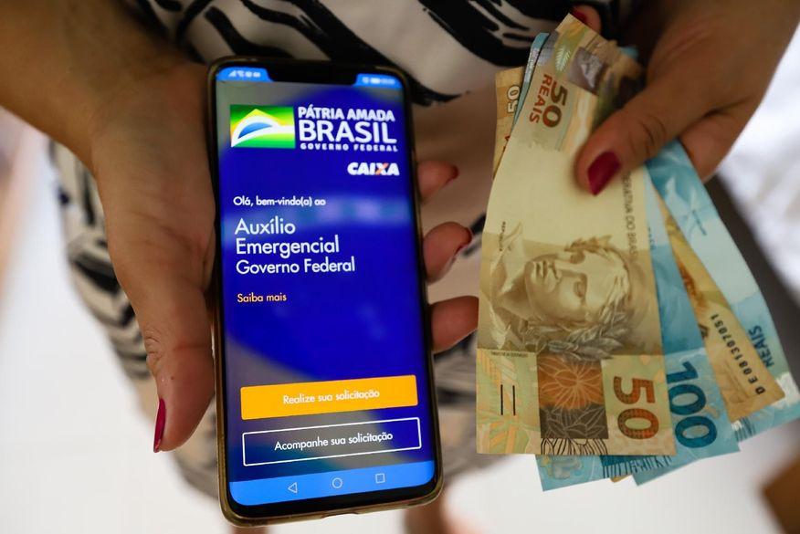 auxilio emergencial - Auxílio Emergencial: Caixa paga nova parcela a mais 3,6 milhões nesta sexta-feira