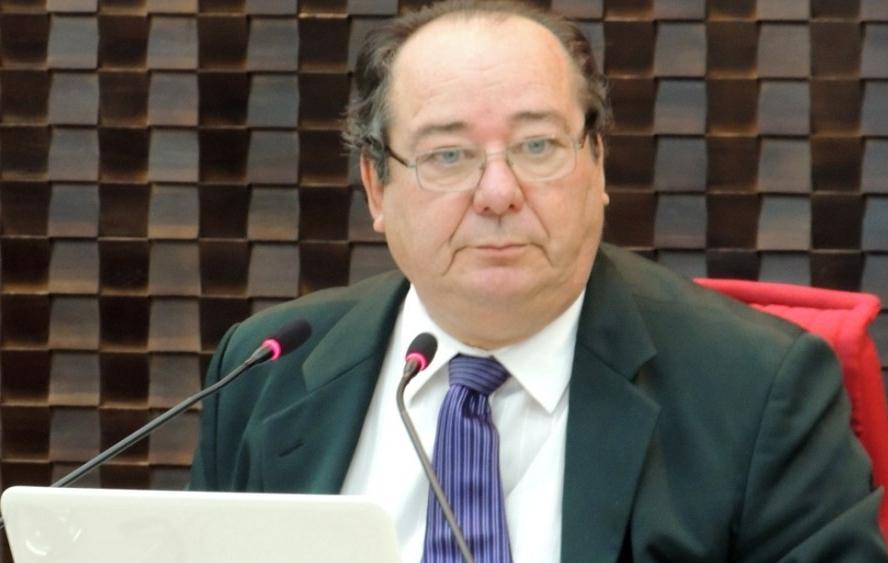 cunha lima - Investigado da Operação Calvário: STJ cancela aposentadoria de Arthur Cunha Lima no TCE-PB