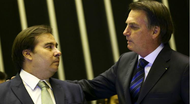 maia e bozo - Eleição na Câmara: Maia se reúne com a oposição; Bolsonaro discute cenários