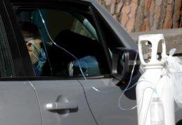 Itália: com hospitais lotados, doentes recebem oxigênio no carro
