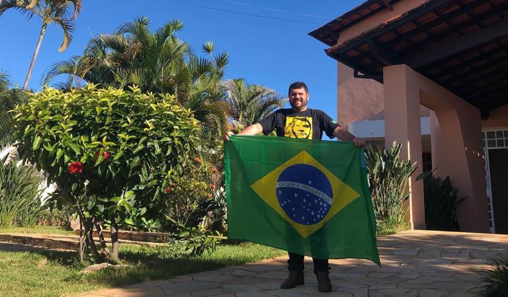 untitled 5 1024x598 1 - PF faz buscas em casa do blogueiro bolsonarista Oswaldo Eustáquio