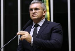 Julian Lemos afirma ter ficado triste com o caso da modelo Lorrayne e diz que é uma luta diária para mudar essa cultura bárbara de violência no Brasil
