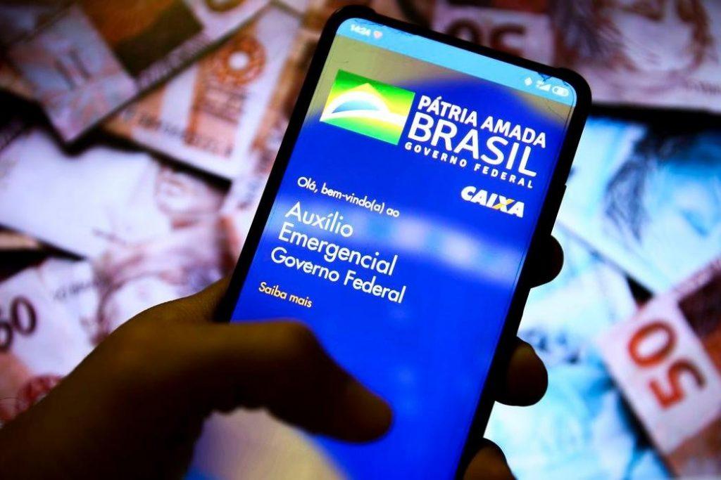 21 07 2020 app auxilio emergencial 2.jpg 1024x683 - Caixa libera saque de auxílio emergencial a 3,6 milhões de trabalhadores nascidos em outubro