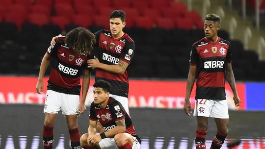 70 - Em clima de mudança, Flamengo acende acende barril de pólvora
