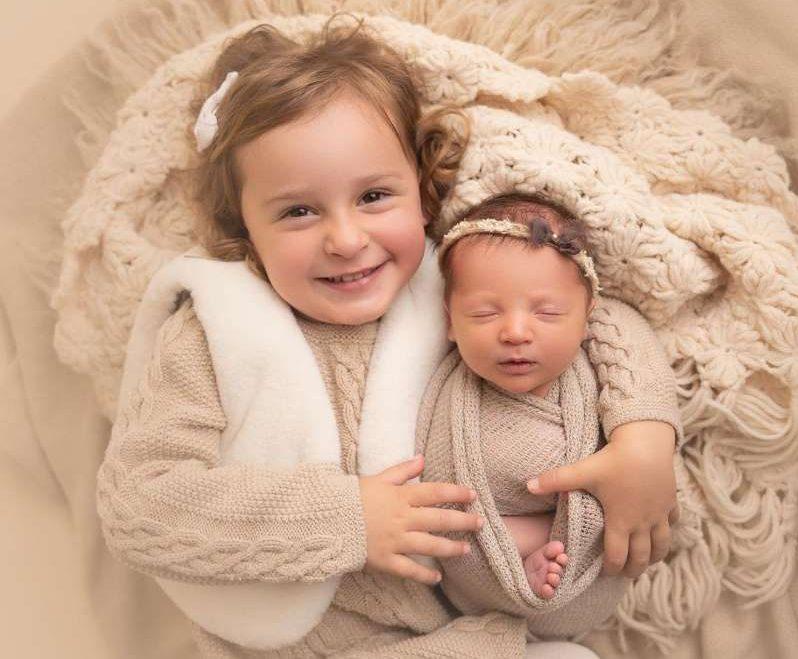 BB1bBXHF e1607105440221 - Bebê bate recorde ao nascer de embrião que estava congelado há 27 anos