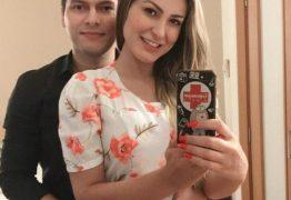 Andressa Urach rebate críticas de fãs sobre exposição do relacionamento nas redes sociais