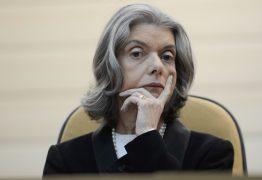 Ministra do STF dá 24h para Heleno e Ramagem explicar denúncias contra Abin