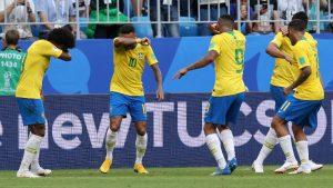 neymar comemora gol pela selecao brasileira com gesto do game counter strike 1530567877860 v2 900x506 300x169 - Com mudança no gol e retornos, Brasil enfrenta Colômbia podendo garantir liderança do grupo