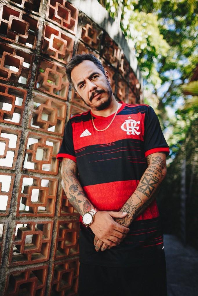 """EQ02yw3XUAIbJmP - """"Se o Ceni é o futuro, estamos f*"""", diz Marcelo D2 criticando o técnico do Flamengo"""