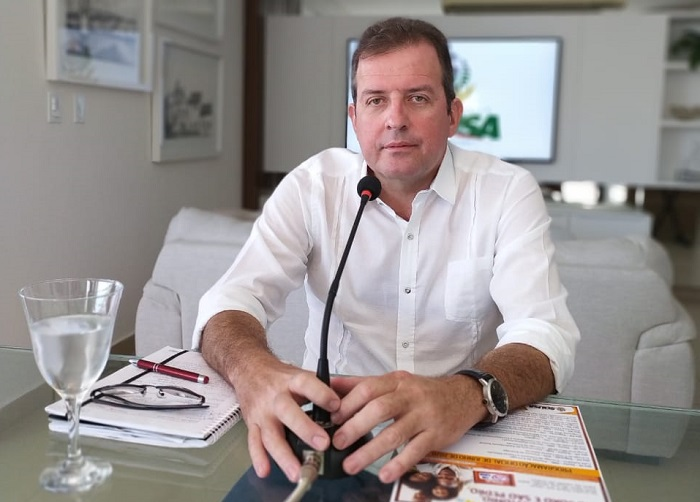 Fábio tyrone souza - POLÍTICOS BONITÕES! Conheça os 10 prefeitos mais bonitos da Paraíba