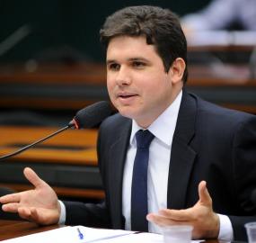 Hugo Motta PRB - Parecem galãs de novela, mas são deputados federais! Saiba quem são os parlamentares mais bonitos da Câmara, paraibanos estão na lista
