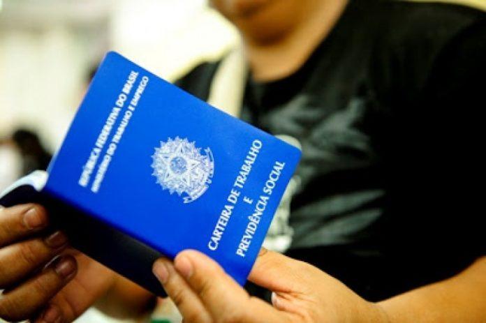 Vagas de emprego 696x463 1 - Sine oferece 88 vagas de emprego esta semana em João Pessoa