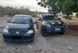 PRF na Paraíba recupera veículo roubado em São Paulo