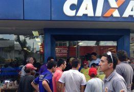 Funcionários da Caixa Econômica Federal fazem greve de 24 horas nesta terça-feira (27) na Paraíba