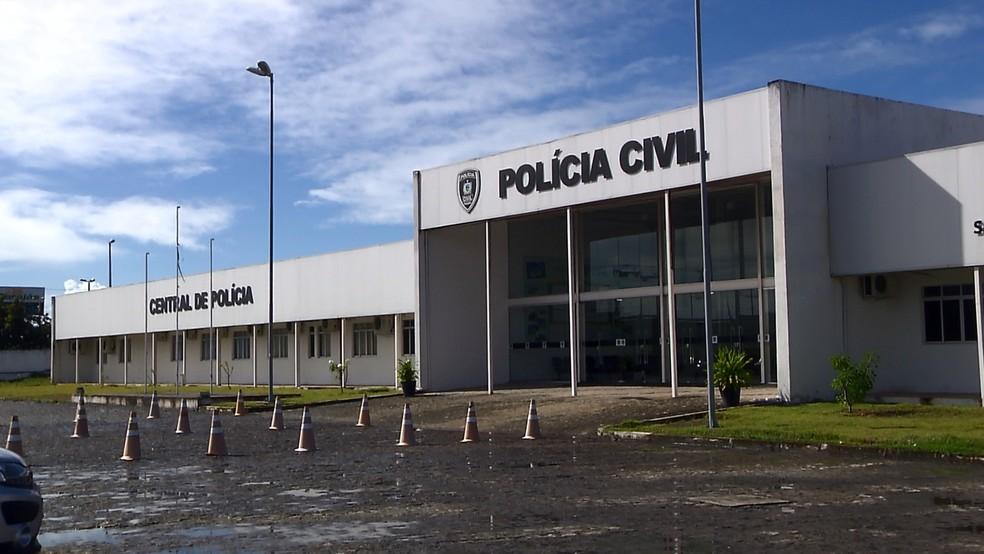 central de policia joao pessoa pb - Ex-jogador da base do Botafogo-PB e São Paulo Crystal é preso pela PM com arma calibre 38