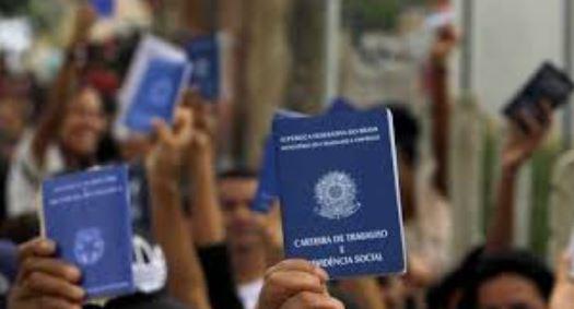 dese - Taxa de desemprego no Brasil é de 14 milhões, afirma IBGE