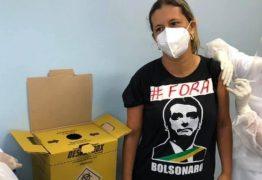 """Enfermeira toma vacina com camiseta de """"Fora, Bolsonaro"""" e sofre pressão para apagar foto"""
