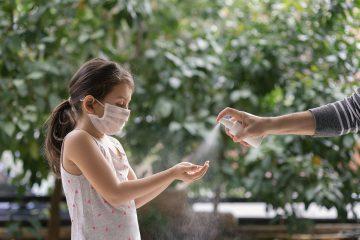 oms crianca mascara coronavirus 1 360x240 - COI ameaça punir quem não seguir os cuidados de prevenção à Covid-19