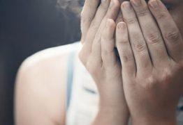 VIOLÊNCIA: Menina de 11 anos esfaqueia a irmã gêmea no peito