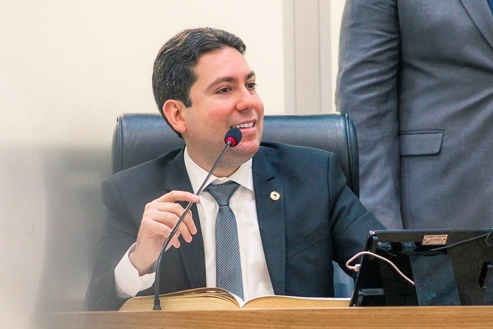 """felipe leitao - Felipe Leitão defende Adriano Galdino na chapa majoritária de João Azevêdo e diz que estará ao lado de Mersinho Lucena para federal: """"Vamos brigar por isso"""""""