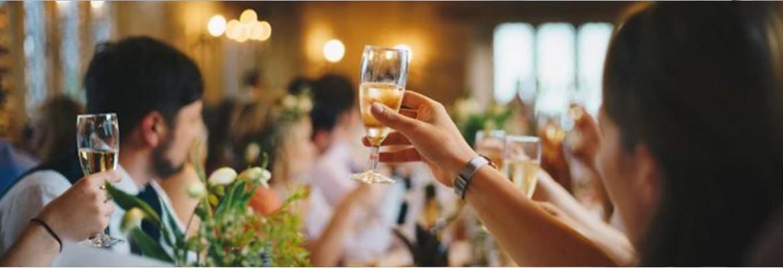 festa casamento - Fotógrafa apaga álbum de casamento após noivo proibi-la de beber água e fazer intervalo de 20 minutos
