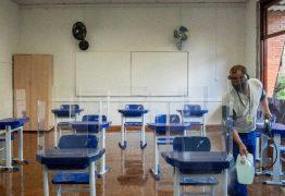 Volta às aulas vira disputa entre professores, escolas e governos
