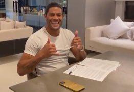 R$ 700 MIL MENSAIS: Hulk fecha com o Galo mas faz exigências