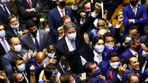 lira e aliados 1 300x169 - Com PEC da Imunidade e Emergencial, semana na Câmara tem festival de horrores - Por Samuel de Brito