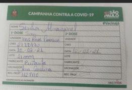 Atendente erra nome de Silvio Santos na carteira de vacinação contra a covid-19