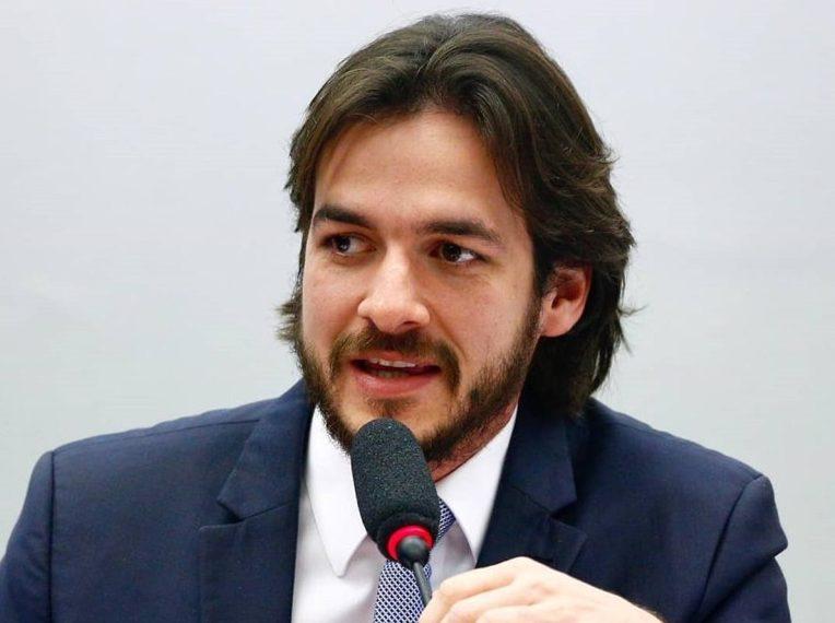 """Pedro Cunha Lima e1616844801330 - Declaração de Pedro ser contra oposição a Bolsonaro ganha destaque nacional; parlamentar esclarece fala e diz que é contra """"boicotar tudo"""""""