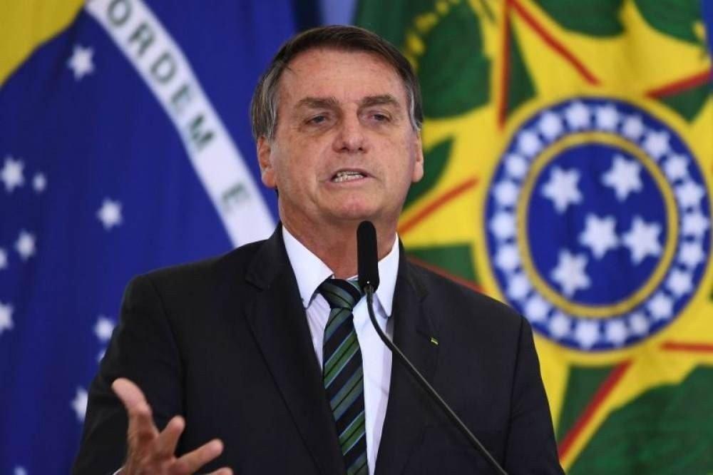 bolsonaro 1 - Bolsonaro diz que povo não quer 'bandalheira do PT' e acusa Fachin de ligações com partido