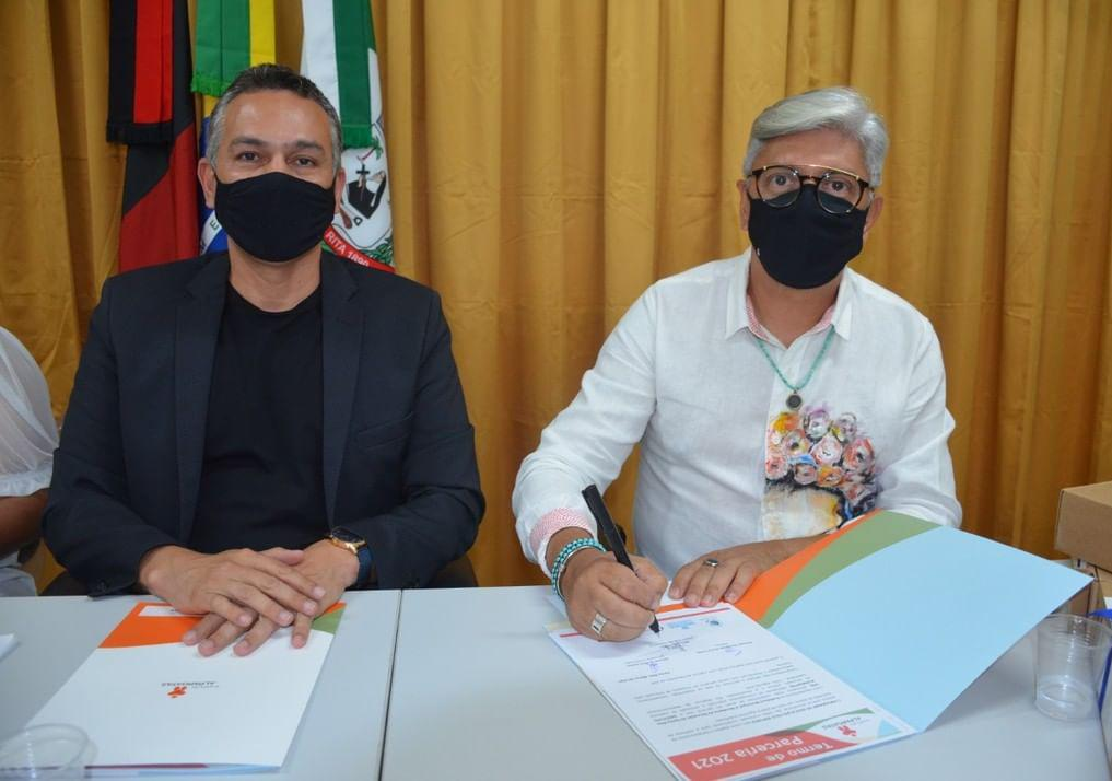WhatsApp Image 2021 04 27 at 10.56.00 - Prefeitura de Santa Rita renova parceria com Instituto Alpargatas