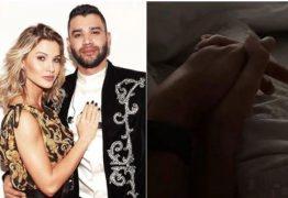 Gusttavo Lima e Andressa Suita postam foto de mãos dadas