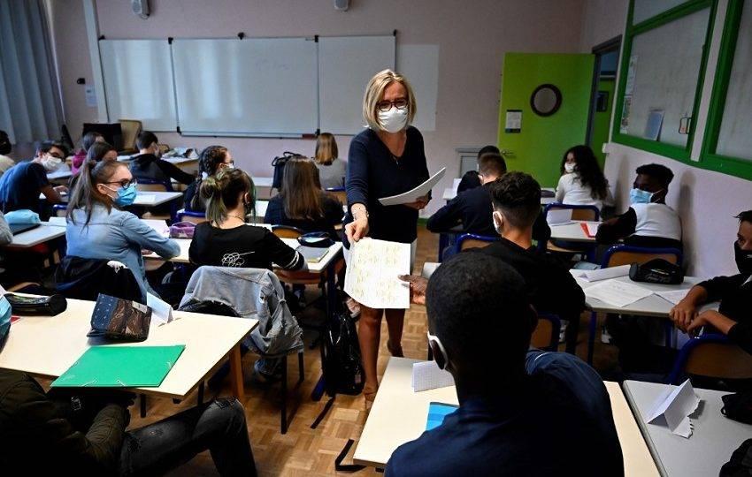 voltaasaulasfranca 850x540 1 - NOVO DECRETO: Aulas presenciais nas escolas particulares e faculdades voltam a partir do dia 12 de abril