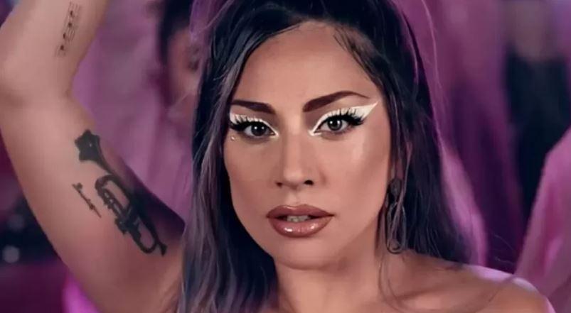 Capturar 115 - FORTE DECLARAÇÃO: Lady Gaga revela que produtor a estuprou e a engravidou aos 19 anos