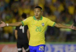 Huddersfield avança em interesse por Lázaro e fica perto de contratar joia do Flamengo